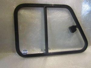 Раздвижное окно двери кабины УАЗ 469 Правое